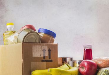 Food distibution among homeless family